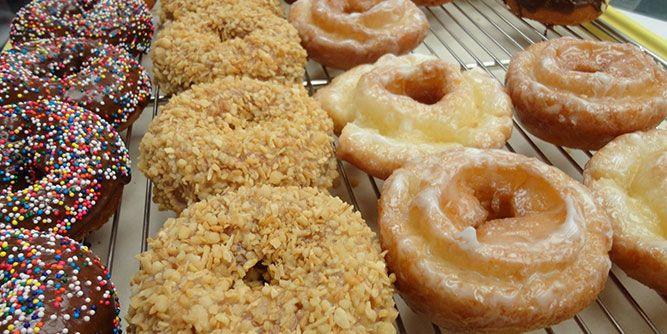 Daylight Donuts slide 1