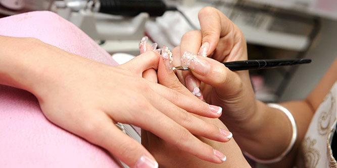 Pretty Feet Mobile Nail Salon slide 3