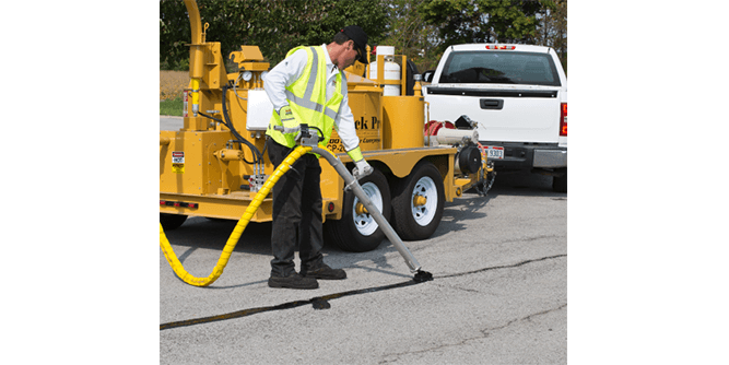 SealMaster - Pavement Products & Equipment slide 3